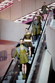 Can you feel the excitement escalat(or)ing? Kenzo's girls line up for their final walk. Photographed by Nina Westervelt/MCV Photo