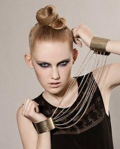 Hair: Shlomi Ruimi. Hair Styles, Color, Jewelry, Fashion, Colour, Jewlery, Moda, Jewels, La Mode