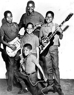 Jackson Five b4 Motown - so very young!