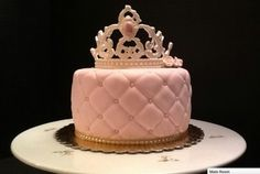 Quilted Cake with Crown By:  Royal Romance Cakes