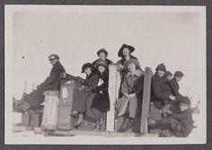 VINTAGE NORTH DAKOTA WAHPETON ALHOA TWINS VAUDEVILLE THEATRE OLD FASHION PHOTO | eBay