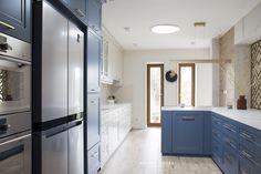Projekt NAVY - granatowa, elegancka kuchnia w klasycznym stylu Kitchenaid, House, Cabinet, Storage, Furniture, Home Decor, Interiors, Kitchen, Clothes Stand