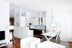 Kun kattolinja nousee harjan mukaisesti, saadaan sillä aikaan tilantuntua ja avaruutta  näitä kattoja sais tehdä enemmän  kohde: Räisälänkatu 2, Nokia ➡ www.villalkv.fi/myynnissa-nyt