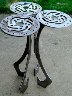 ReCycled Harley Motorcycle Part Art End by LaurieShaferPartArt - dig the table legs choice Car Part Furniture, Automotive Furniture, Automotive Decor, Metal Furniture, Industrial Furniture, Metal Art Projects, Metal Crafts, Car Part Art, Scrap Metal Art
