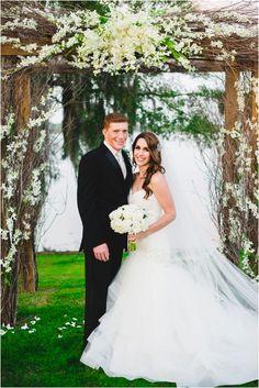 Sara Gabriel 'Phoebe' veil | Kiersten Grant Photography | J. Andrew's Bridal + Formal
