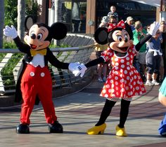 EPCOT - Mickey Mouse & Minnie Mouse