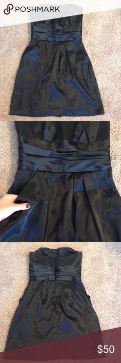 David's Bridal black bridesmaid dress w pockets ▪️beautiful black bridesmaid or cocktail dress size 6. No alterations have been made. Worn once. David's Bridal Dresses Midi