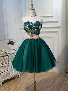Chic A-line Sweetheart Modest Dark Green Modest Short Prom Dress Homecoming Dres. - - Chic A-line Sweetheart Modest Dark Green Modest Short Prom Dress Homecoming Dress Source by saiuryVolturi Dark Green Homecoming Dress, Modest Homecoming Dresses, Pink Prom Dresses, Dresses For Teens, Modest Dresses, Dance Dresses, Elegant Dresses, Pretty Dresses, Beautiful Dresses