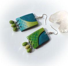 Boucles d'oreille, pâte Fimo, turquoises, jaunes, vert anis, motifs pop art : Boucles d'oreille par agape
