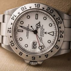 Pre-Owned Rolex Watches   H1912- Vintage Rolex Watch Explorer II White Dial $5,600.00 RETAIL $8,100.00 Unique ID No. WRTRD1162 Vintage SS Stainless Steel Explorer II Featues a white dial with an Oyster Bracelet circa 2000 MODEL#16570 SERIAL#P851118