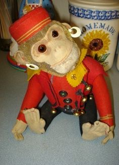 "Wickersham inspiration    Vintage Stuffed Organ Grinder 10"" Monkey Head Moves When Tail is Moved"