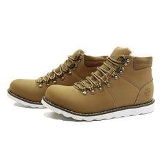 Do takich butów konieczne są impregnaty. Można je zakupić np. na http://www.wolysport.pl/