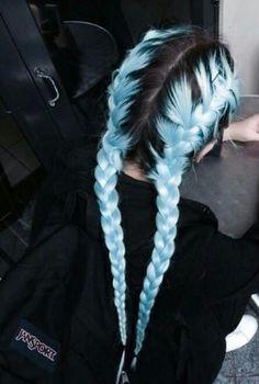 Hair Dye Colors, Hair Color Blue, Cool Hair Color, Blue Colors, Purple Hair, Black Hair Pink Highlights, Pastel Hair Colors, Icy Blue Hair, Bright Blue Hair