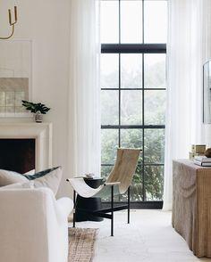 Living Room Inspiration, Home Decor Inspiration, Decor Ideas, Living Room Remodel, Living Room Decor, Living Rooms, Living Room Windows, House Rooms, Apartment Living