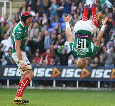 London Irish fullback Tom Homer goes airborne to celebrate a try, London Irish v Leicester Tigers, Aviva Premiership, Madejski Stadium, Reading, England, March 25, 2012 Leicester Tigers, Rugby, Irish, March, England, London, Reading, Sports, Hs Sports
