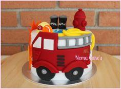 Police Birthday Cakes, Fondant, Cake Designs, Firefighter, Minions, Cake Decorating, Desserts, Diy, Food