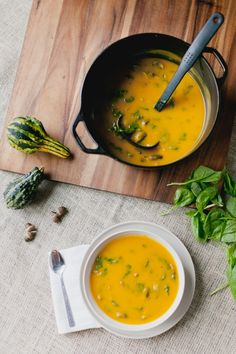 Butternut Squash Soup with Spinach and Mushrooms. #thanksgiving #vegetarian