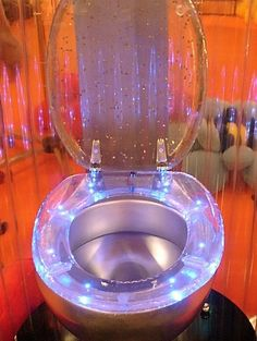 GALACTIKA Toilet Seats - GALACTIKA toilet seats are a transparent bathroom addition that use tiny ultra-bright LEDs to produce a gemlike glow. The sparkling seating is powe. - Amazing Homes Interior Glitter Toilet Seat, Cool Toilets, Toilette Design, Wc Sitz, Amazing Bathrooms, Diy Design, Sweet Home, At Least, Bedroom Decor