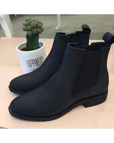 Shoe Biz Copenhagen - Benita Crazy Horse Black