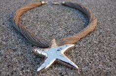 Collar lino natural y estrella metalica grabada color plata fantasia - artesanum com