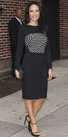 LUCY LIU For her appearance on the Late Show with David Letterman, Lucy Liu made the black-and-white color combo look new again with a strip...