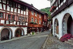 Die 10 schönsten Schweizer Stadtkerne, die nur die wenigsten Schweizer kennen.