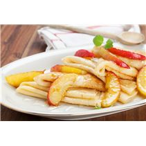 Looking to impress your special someone tomorrow? Make these delicious crepes with Lee Kum Kee Plum Sauce for breakfast! Sandwich Recipes, Lunch Recipes, Dinner Recipes, Apple Crepes, Plum Sauce, Sauce Recipes, Favorite Recipes, Salad, Breakfast
