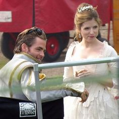 Anna Kendrick, Chris Pine & Company Film INTO THE WOODS Royal Wedding. Yes.