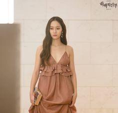 """Krystal Jung as Mura in """"The bride of the water god"""" Krystal Fx, Jessica & Krystal, Jessica Jung, Kpop Girl Groups, Kpop Girls, Krystal Jung Fashion, Bride Of The Water God, Korean Actresses, Girls Generation"""