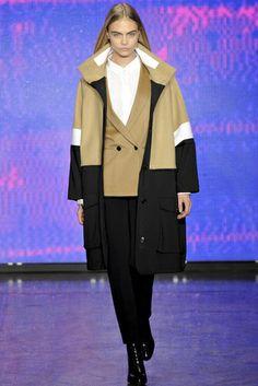 DKNY Otoño Invierno 2013/2014 Mercedes-Benz Fashion Week New York | Vogue
