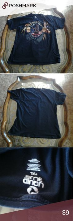 ■■SALE■■  Liquid Blue size XL t-shirt Liquid Blue size XL t-shirt black with short sleeves 》BUNDLE  》 OFFER  》 ASK QUESTIONS  HAPPY TO HELP !!! liquid Blue  Shirts Tees - Short Sleeve