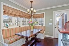 Cottage Kitchen with High ceiling, Armstrong - Hickory - Grand Canyon Sunset, Crown molding, Breakfast bar, Breakfast nook