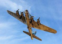 For @Alexfloresjr B-17 Sentimental Journey on take off from Falcon Field in Mesa AZ