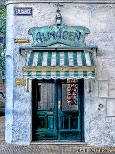 El Viejo Almacen - Old Store - Javier Cañete
