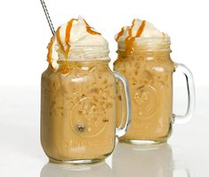 Caramel Frappuccino, Frappe, Diy Bar, Beverages, Drinks, Cold Brew, Lemonade, Mixer, Brewing