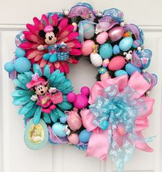 Disney Easter Wreath with Mickey and Minnie Mouse. via Etsy. Easter Wreaths, Holiday Wreaths, Holiday Crafts, Holiday Decor, Yarn Wreaths, Mickey Mouse Wreath, Disney Wreath, Minnie Mouse, Disney Diy