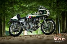 Norton Commando Seely:: photos by Thierry Dricot. | 8negro