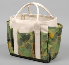"TH-S & CO. UTILITY TOTE, ""LEAF CAMO"" PRINT SATIN WEAVE CHINO :: HICKOREE'S HARD GOODS"