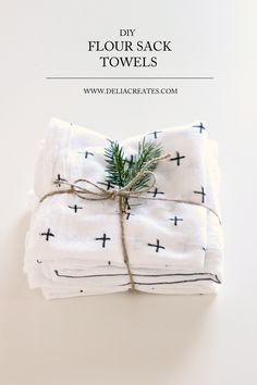 DIY Flour Sack Towels on Delia Creates - I love this idea! so pretty yet so easy!  #diy #towels