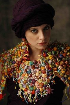 French artist Nadia Dafri creates textile jewellery but some of her works remind scarves like this beautiful work for example. Textile Jewelry, Fabric Jewelry, Jewelry Art, Jewellery, Fabric Beads, Textile Fiber Art, Body Adornment, Freeform Crochet, Fabric Manipulation