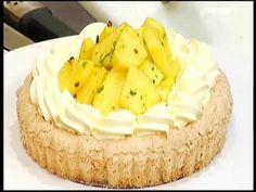 Dacquoise cocco e mandorla, cremoso al mascarpone, ananas speziato di Santin