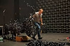 Simon McBurney's astonishing one-man show, from the British troupe Complicite, immerses the audience in an aural landscape where time and space collapse. Scenography Theatre, The Encounter, Broken Leg, Ny Times, Death, Public, Amazon, Concert, Image