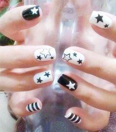 Nail Art Designs, French Nail Designs, Colorful Nail Designs, Nails Design, Pedicure Designs, Black And White Nail Designs, Black Nail Art, White Nails, Black White