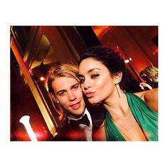 Pin for Later: Vanessa Hudgens and Austin Butler Are 2 Bohemians in Love, and It's a Beautiful Thing