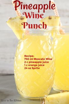 Easy Pineapple Wine Punch is a delicious mixed drink for any occasion. Just 4 ingredients go into this easy wine cocktail! Mixed Drinks Alcohol, Alcohol Drink Recipes, Mixed Drinks With Wine, Mixed Alcoholic Drinks, Mixed Drink Recipes, Pineapple Alcohol Drinks, Alcohol Punch, Fruity Mixed Drinks, Easy Mixed Drinks