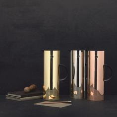Metal vacuum jus in Mirror, Copper and Brass this are design classics, super cool and functional, they are amazing!!!