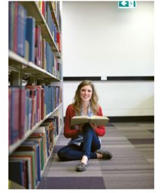 Pic Uni, Bookcase, Students, Shelves, Home Decor, Shelving, Decoration Home, Room Decor, Book Shelves