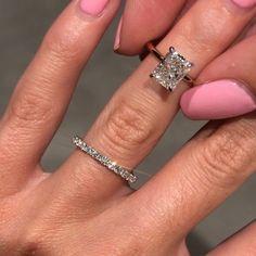 Dream Engagement Rings, Engagement Ring Cuts, Pretty Rings, Ring Verlobung, Diamond Are A Girls Best Friend, Wedding Bands, Wedding Ring, Dream Wedding, Diamond Cuts