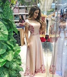 """Paola Santana on Instagram  """"  Hoje foi dia de  kaulyoficial no Paraná Moda  Park, corre no stories para conferir as lindezas  """" 3a20a33eb3"""
