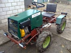 Homemade garden mini tractor - Page 6 Yard Tractors, Small Tractors, 4x4, Garden Tractor Attachments, Homemade Tractor, Tractor Loader, Tractor Pulling, Garden Tool Storage, Dodge Power Wagon
